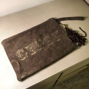 Spell and the gypsy pouch